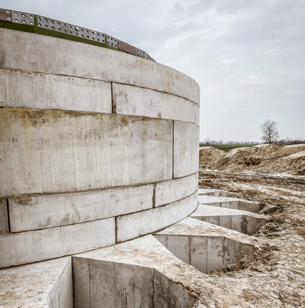 Anker Foundations Fertigteil-Fundament - Fundament in Osnabrück, Boden angefüllt