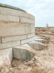 Anker Foundations Fertigteil-Fundament - seitliche Sicht